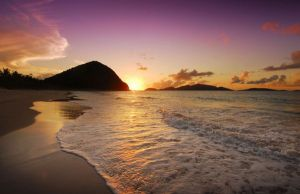 long-bay-beach-sunset_32953_600x450